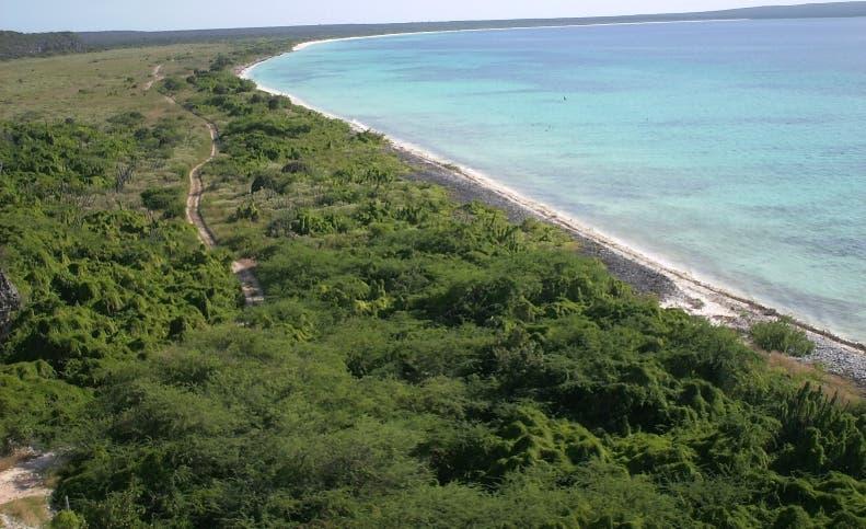 Bahía de las Águilas es una de las zonas más atractivas de la región Sur.  archivo