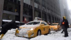 La tormenta Stella tuvo  un impacto en Nueva York menor del que se temía inicialmente.