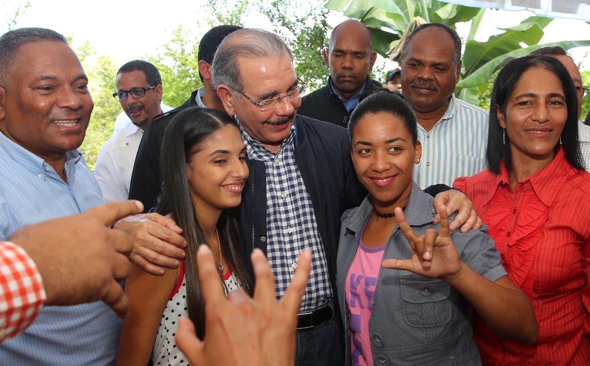 Presidente Medina dará  apoyo a los productores de Villa Tapia