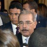 Con un acto celebrado en el salón las cariátides del palacio nacional,el presidente Danilo Medina,otorgó la medalla al mérito a 13 mujeres Dominicana,por ser hoy 8 de marzo el día internacional de la mujer/foto Jose de León