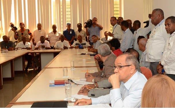 Patronos y empresarios discutieron durante meses antes de llegar a un acuerdo sobre el aumento.