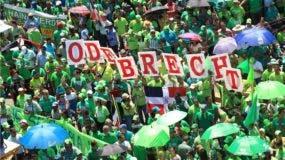 Miles de personas han apoyado la Marcha Verde en distintas regiones del país. Foto: Elieser Tapia/El Día.