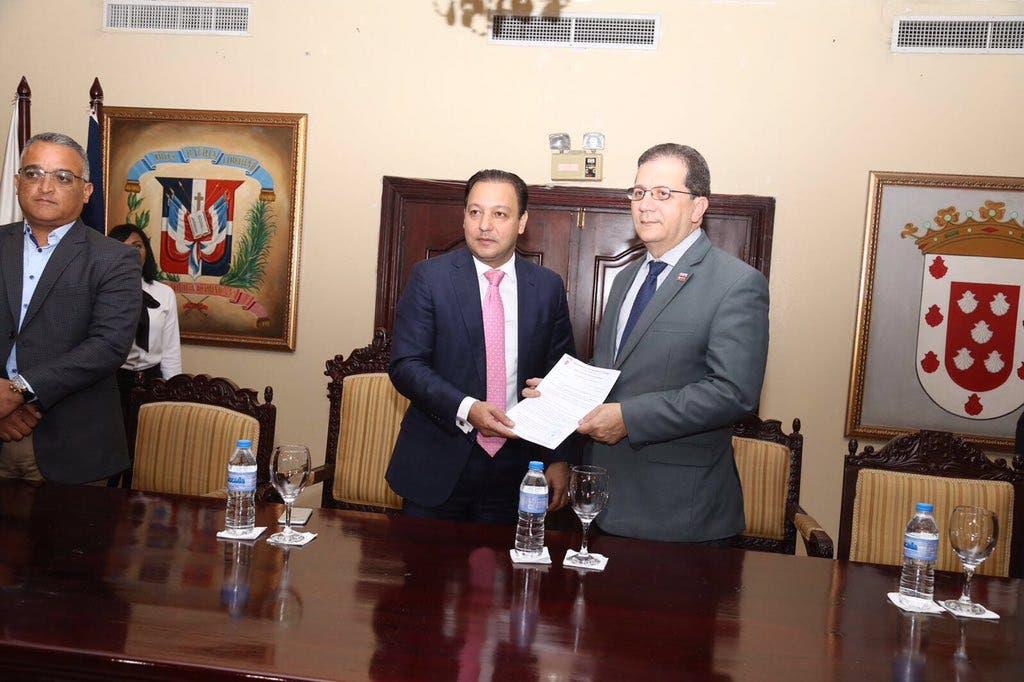 Alcaldía de Santiago exonera el pago de arbitrios al Sistema 9-1-1