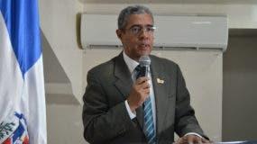 Wilfredo Mañón Rossi, rector de la UNEV.