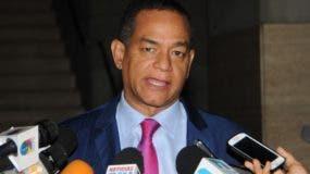 Julio César Valentín, senador por Santiago,