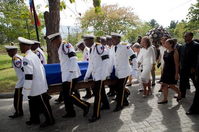 Haití despide al expresidente René Préval