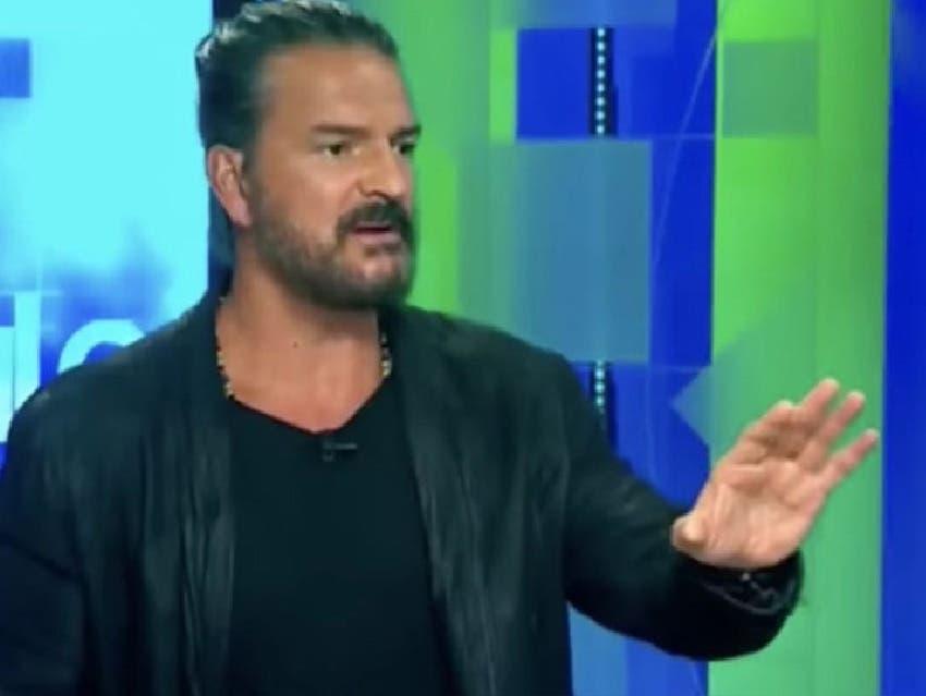 Ricardo Arjona se molestó y se fue de la entrevista en CNN.
