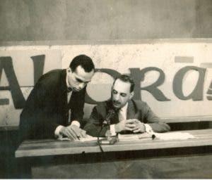 Molina Morillo y Pedro Fernández Peix en un programa de TV.