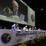 Ejecutivos de la SIP en la reunión de medio año en la ciudad guatemalteca de La Antigua.