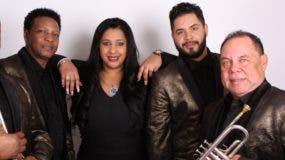 Integrantes de la orquesta Rezakan  radicada en Nueva York.
