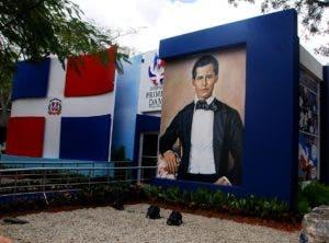 El   Despacho de la Primera Dama hace honor al bicentenario de Francisco del Rosario Sánchez.
