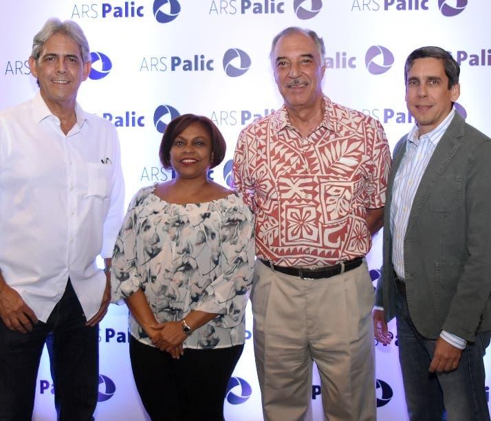 Paúl Martínez, Georgina Valdez,  Alberto Moreno y Alejandro Flaviá