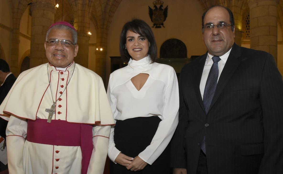 Francisco Ozoria,  Mirjan Abreu y Carlos Zaglul, durante el concierto.