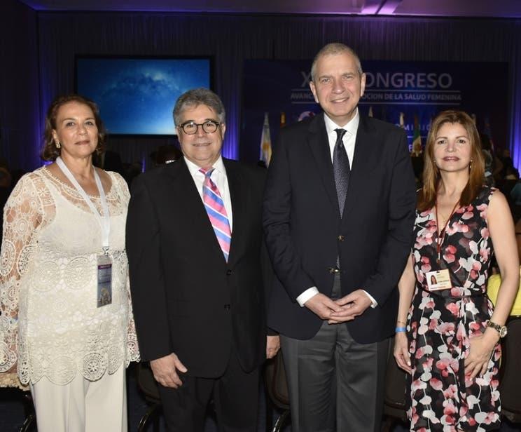 Tamara Frankenberg,  Luis A. Betances Ricart,  Isaac Kligman y Nancy Velázquez.