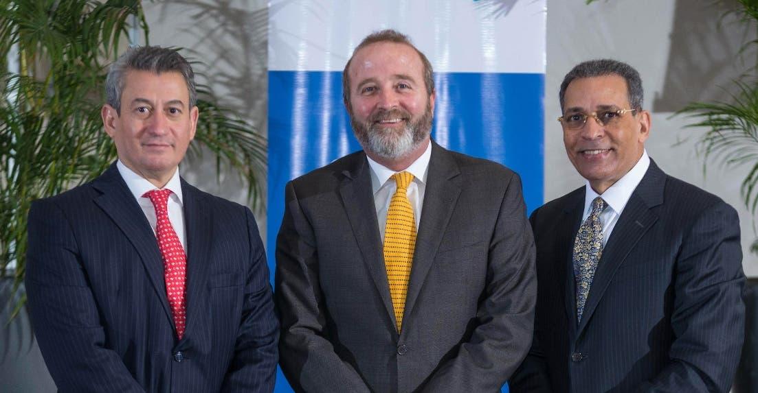 James García, Carlos Ospina y Osiris de León.