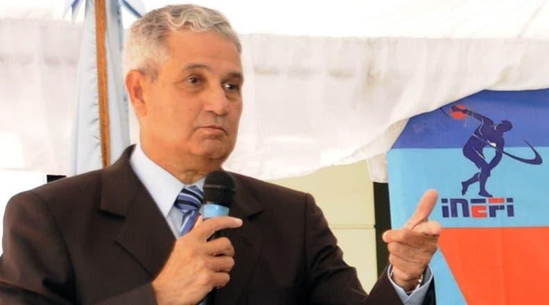 José Joaquín Puello llama población a no asustarse ni sorprenderse con tercera dosis