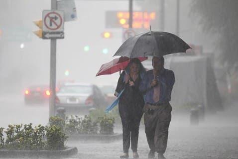 La Oficina Nacional de Meteorología (ONAMET) mantiene alertas avisos meteorológicos en varias provincias.