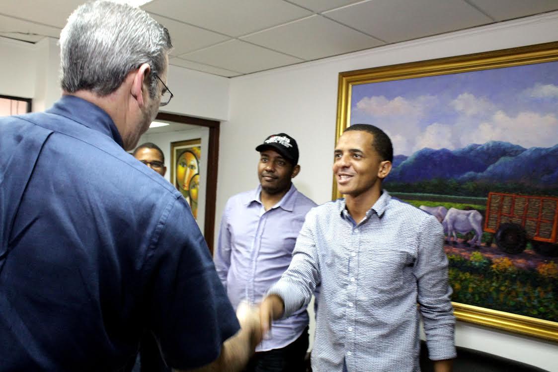 Luis Abinader dice triunfo de oposición en la UASD muestra valor de la unidad