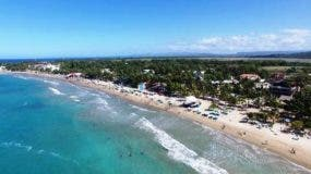 disminuyo-presencia-de-banistas-en-playas-de-puerto-plata-en-semana-santa-2017-1