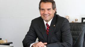 Neven Ilic se impuso por 26 votos a 25 al gran favorito, el dominicano José Joaquín Puello, que se quedó a las puertas tras acariciar la mayoría absoluta en la primera vuelta.