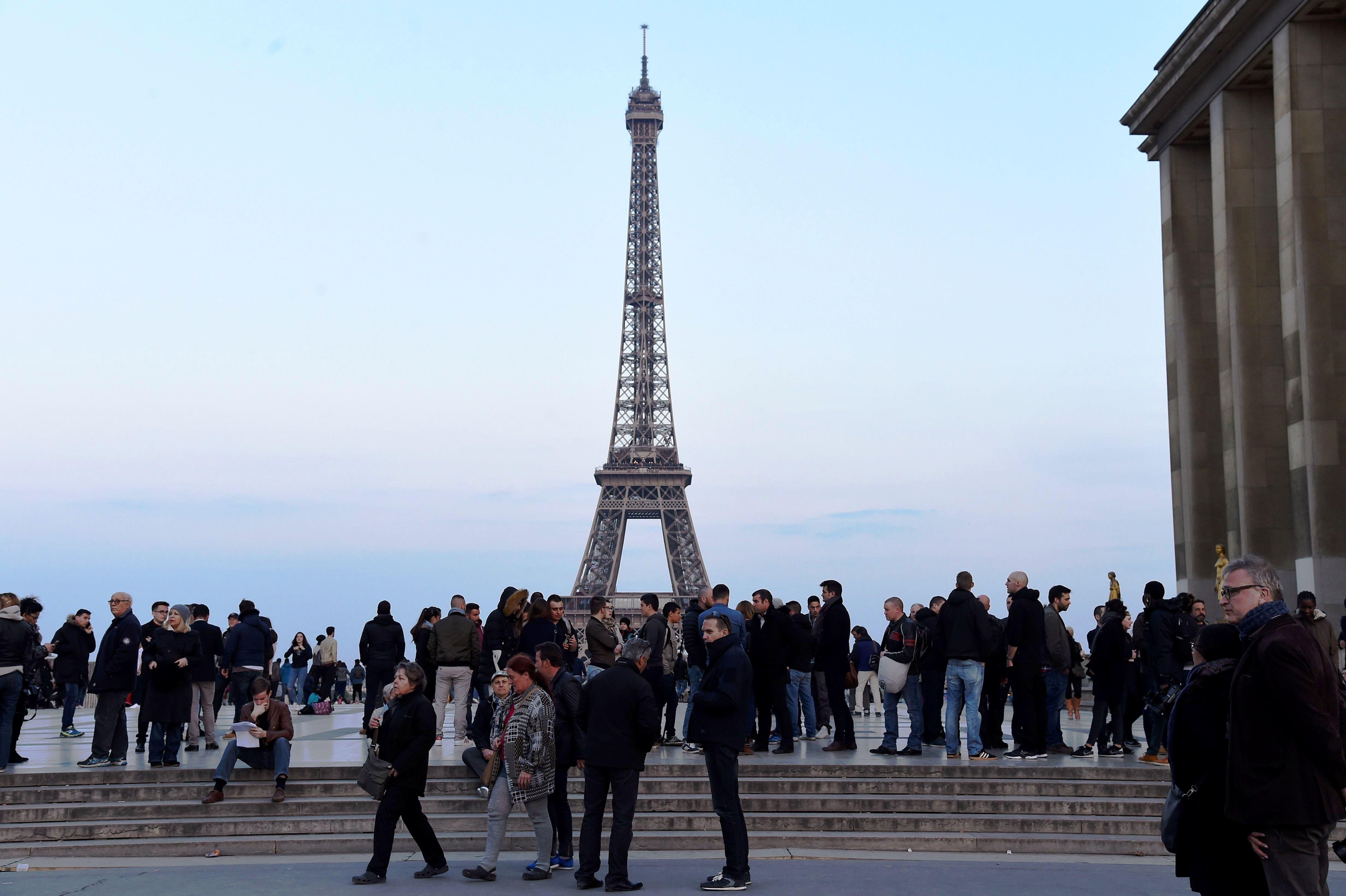 El tiroteo del jueves, que fue reivindicado por el grupo Estado Islámico, es el más reciente de una ola de atentados yihadistas que se ha ensañado con Francia en los últimos dos años y que se ha saldado con la muerte de más de 230 personas.