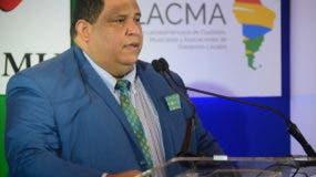 Rafael Hidalgo, presidente de Fedomu, consideró que  Estado debe tomar el control de la situación a través de los ministerios de Medio Ambiente y Salud Pública para emplazar a la empresa Lajún Corporation y llevar la administración de Duquesa a la legalidad.