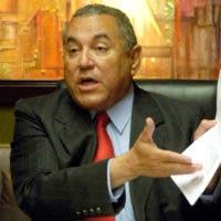 Vicente Bengoa, exministro de Hacienda, es solicitado como testigo por Ángel Rondón.