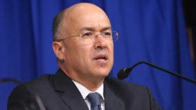 Francisco Domínguez Brito,  ministro de Medio Ambiente.