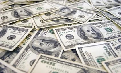 La venta de dólares sube 22% en junio