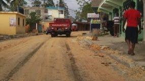 El arreglo de la calle del referido sector  es parte del plan asfaltado que ejecuta la Alcaldía de ese municipio.