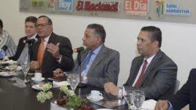 Nelson Rosario compareció en el almuerzo del Grupo Corripo acompañado de otros funcionarios del Servicio Nacional de Salud y enfocaron diferentes temas.