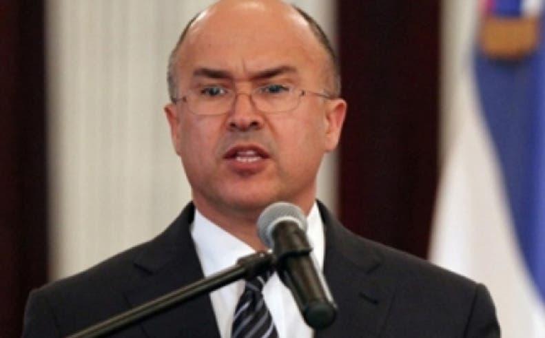 Francisco Domínguez Brito durante su ponencia en Cumbre.