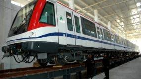 El Metro de Santo Domingo fue construído y fue dirigido desde el inicio por Diandino Peña.