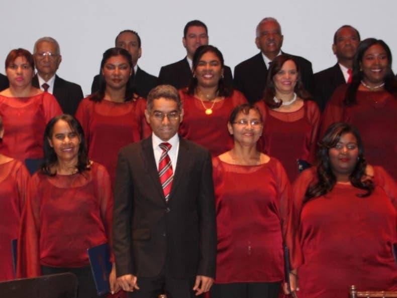Coro de  94 voces en el Festival Musical de Santo Domingo