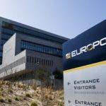 Europol cree que el ciberataque  es obra de criminales que buscan dinero, no de terroristas.
