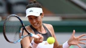 Garbiñe Muguruza  no tuvo dificultades para dominar  a Francesca Schiavone en el Roland Garros.