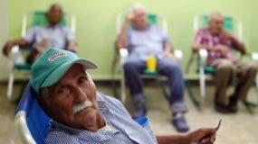 cuba-habitantes-superan-cien-anos_ediima20170531_0654_4