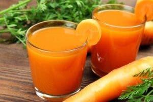 jugo-de-zanahoria-500x334