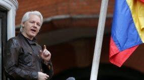 """Julian Assange, de 45 años, prometió además que la organización WikiLeaks no sólo continuará con sus publicaciones sobre las actividades de la CIA en Estados Unidos, sino que las """"incrementará""""."""