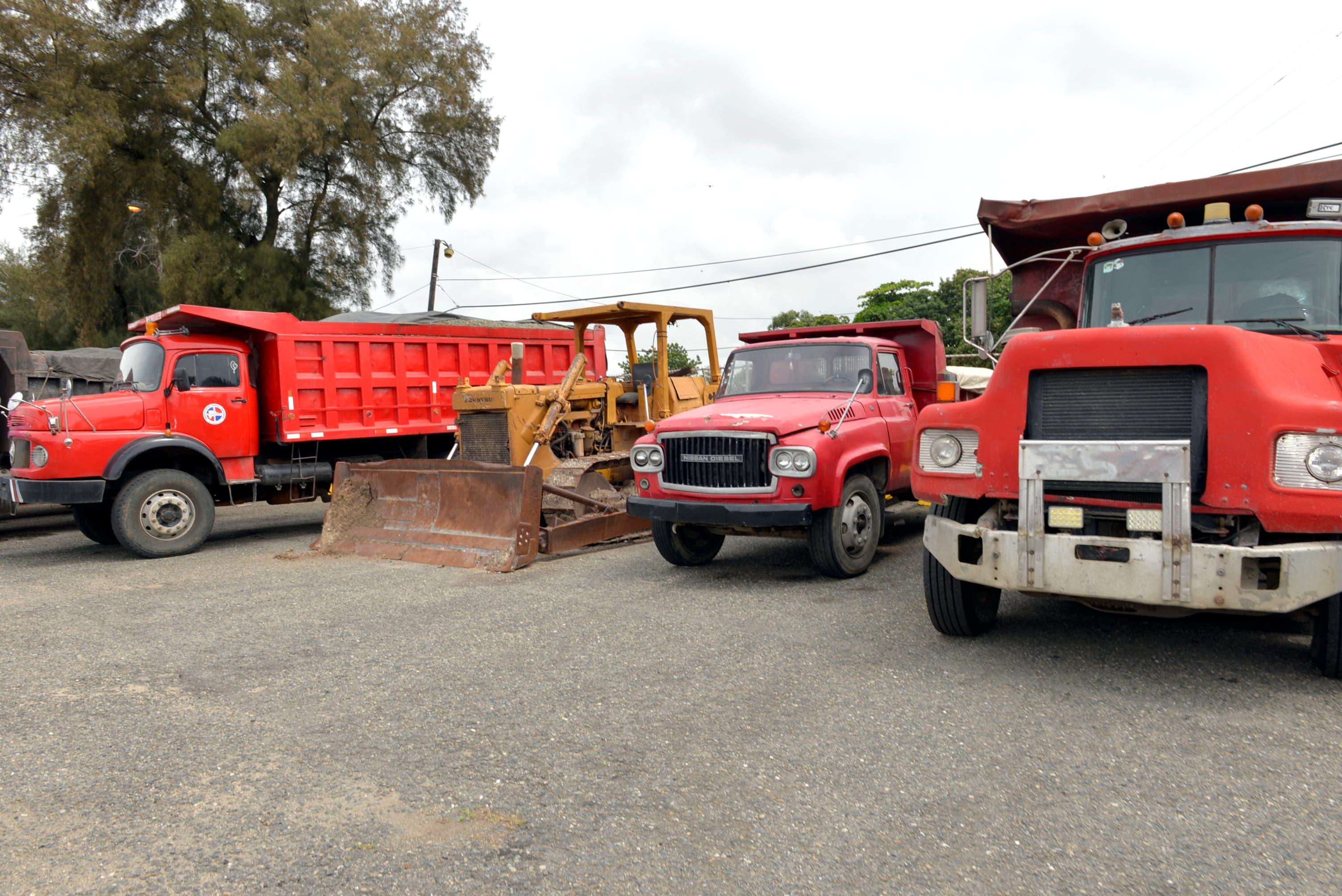Medio Ambiente detiene camiones en operativos río Nizao