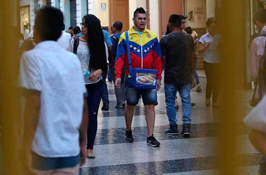 Más de cinco mil venezolanos solicitan permiso para trabajar en Perú