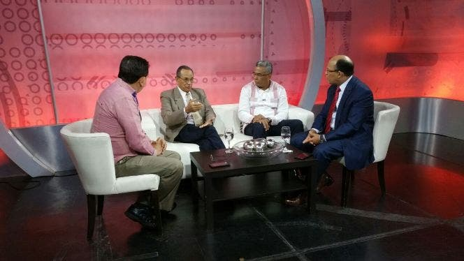 Gabriel del Río Doñé afirma aumento salarial no satisface al sector trabajador