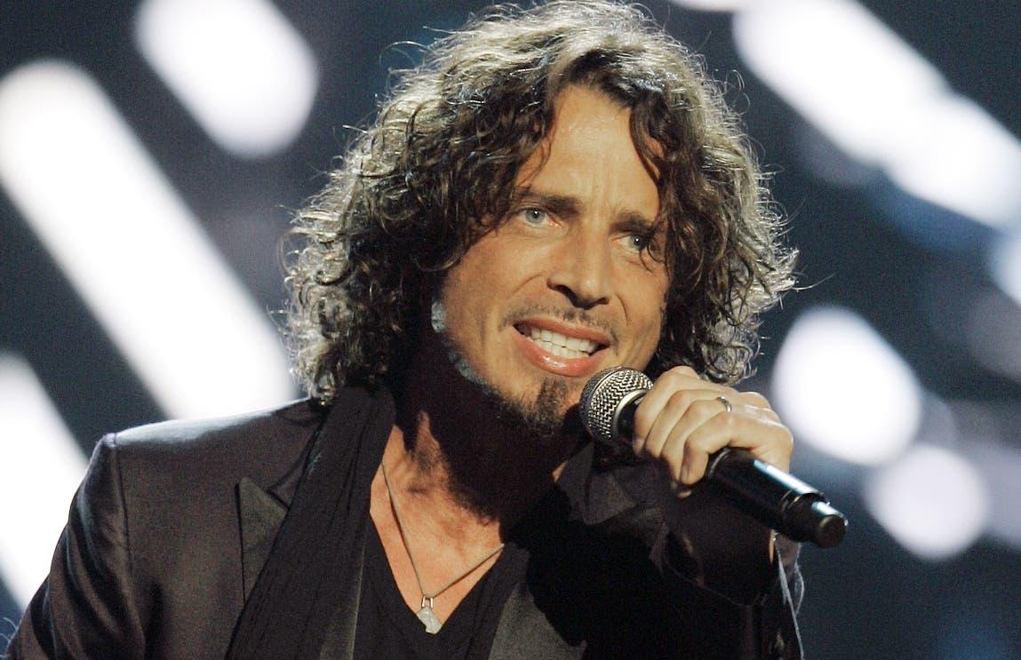 Rockero Chris Cornell se suicida a los 52 años