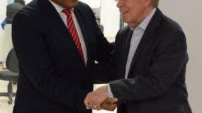 La designación de José P. Monegro en el cargo fue anunciada por José Luis Corripio Estrada.