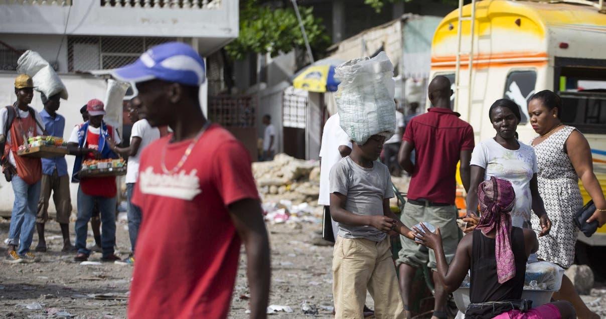 Organizaciones de Centroamérica y Haití piden la renovación del estatus temporal de residencia.