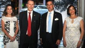 Krystal Serret, Sven Holmbom, Carlos José Martí y Amelia Molina de Holmbom.