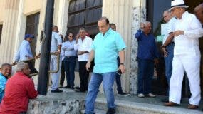 Federico Antún Batlle cuando abandonaba el Palacio de Justicia   de Ciudad Nueva.