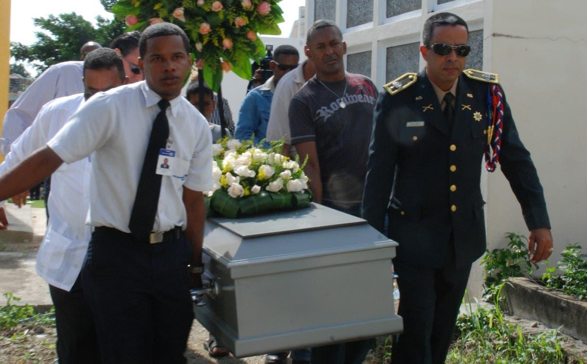 Suspenden coronel preso por narcotráfico en Puerto Rico