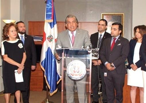 Es la primera vez que un cónsul dominicano ocupa el cargo.