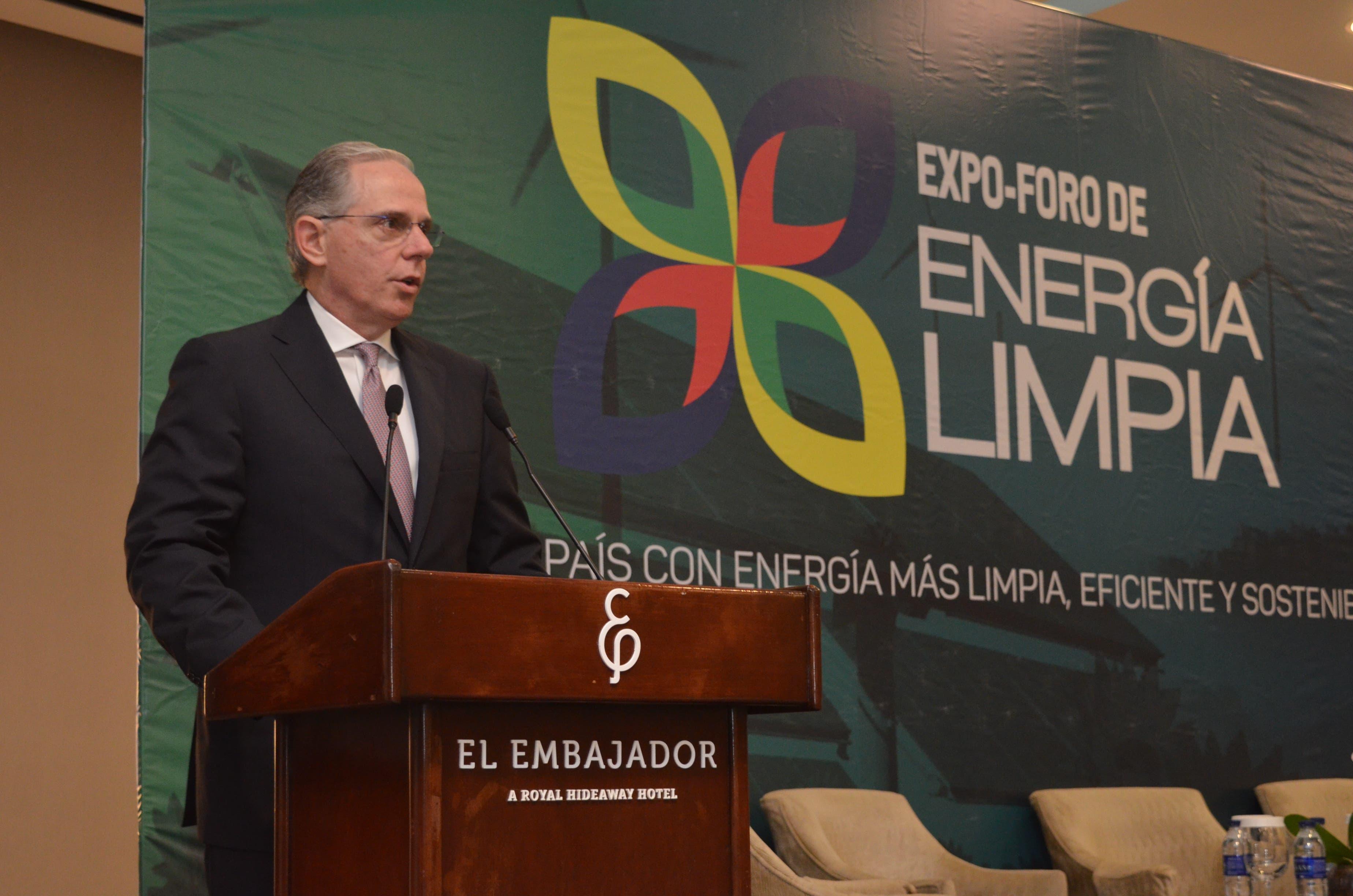 David Fernández, presidente de la AMCHAMRD.